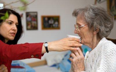 signs-elder-care-is-needed